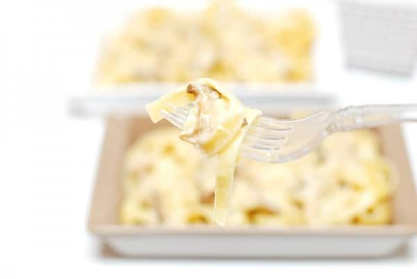 Salsa Funghi Porcini con nidos de pasta en Thermomix